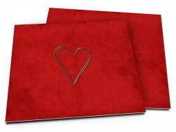 Faire-part mariage - Coeur argenté posé sur fond rouge