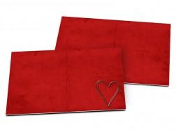 Carton d'invitation mariage - Coeur argenté posé sur fond rouge
