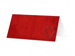 Marque-place mariage - Coeur argenté posé sur fond rouge